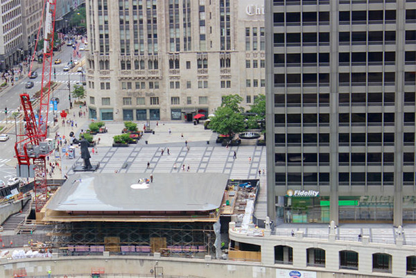Apple's New Chicago Apple Store Features A Roof That Looks Like A MacBook Air (VIDEO)