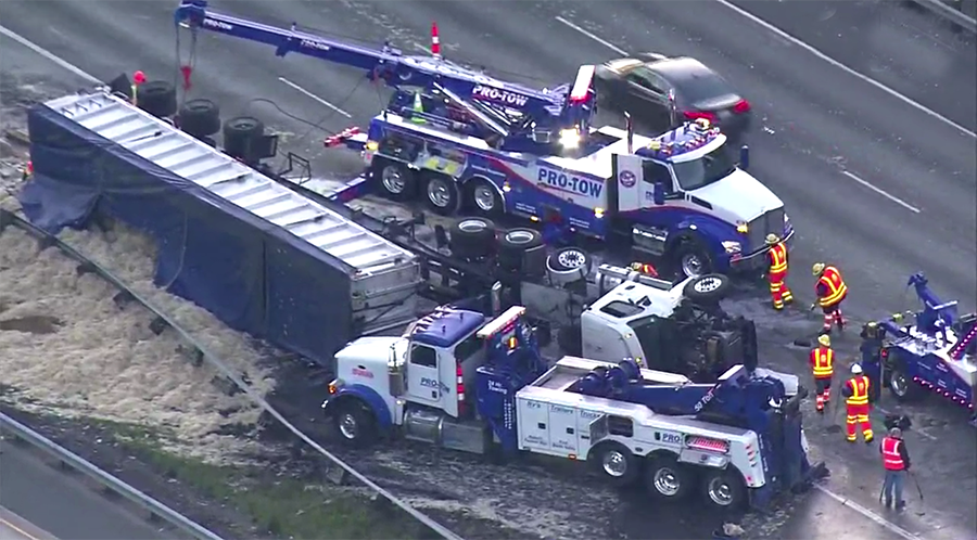 Truck carrying 40,000 pounds of chicken feathers overturned on northbound I-5 in Federal Way
